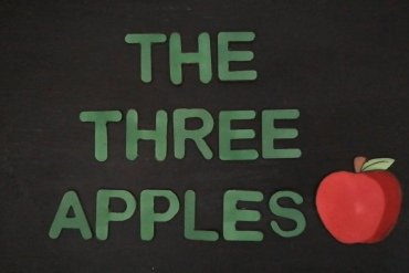 The Three Apples